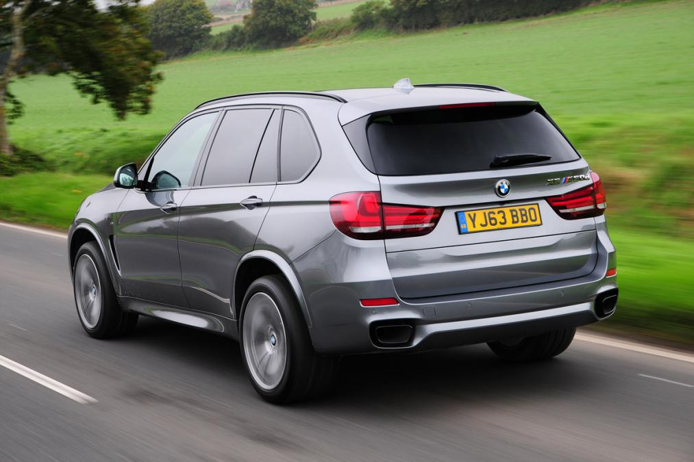 bmw-x5-m50d-4x4-2013-rear-tracking